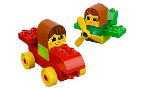 LEGO DUPLO auto a letadlo